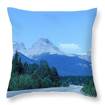 Throw Pillow featuring the photograph Open Road by Al Fritz