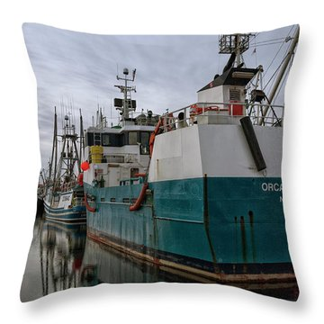 Throw Pillow featuring the photograph Orca Warrior by Randy Hall