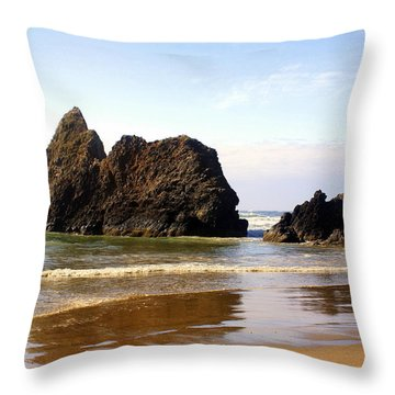 Oregon Coast 10 Throw Pillow by Marty Koch