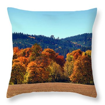 Oregon Fall Throw Pillow