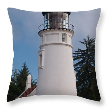 Throw Pillow featuring the photograph Umpqua Lighthouse by Laura Ragland