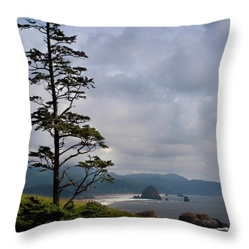Oregon Ocean Vista Throw Pillow
