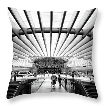 Throw Pillow featuring the photograph Oriente Station by Stefan Nielsen