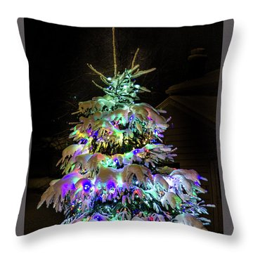 O'tannenbaum Throw Pillow