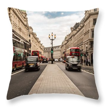 Oxford Street In London Throw Pillow