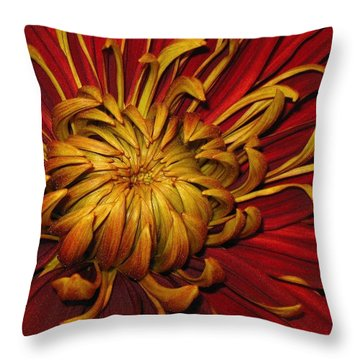 Oy Muminyoo Throw Pillow
