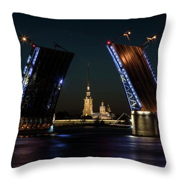Palace Bridge At Night Throw Pillow
