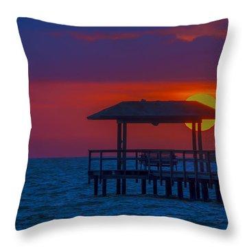 Palapa Del Sol Throw Pillow