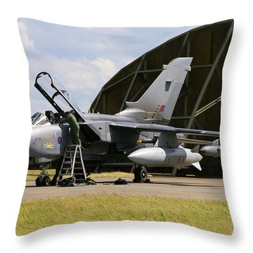 Throw Pillow featuring the photograph Panavia Tornado Gr4 by Tim Beach
