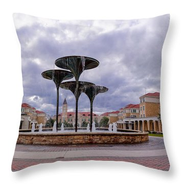 Panorama Of Texas Christian University Campus Commons And Frog Fountain - Fort Worth Texas Throw Pillow