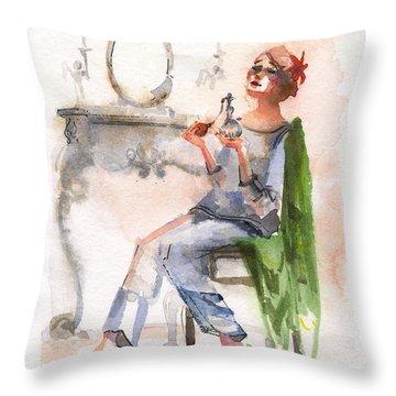 Parfum Throw Pillow