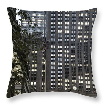 Throw Pillow featuring the photograph Park Avenue Met Life Nyc by Juergen Held
