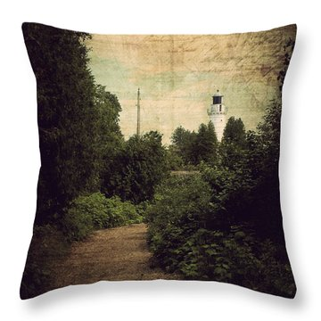 Path To Cana Island Lighthouse Throw Pillow
