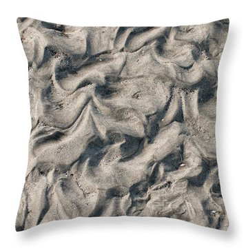 Patterns In Sand 4 Throw Pillow
