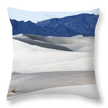 Patterns On White Sands - New Mexico Throw Pillow