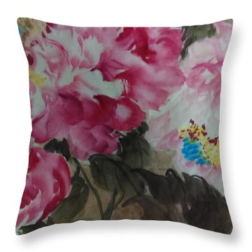 Throw Pillow featuring the painting Peoney20161229 by Dongling Sun