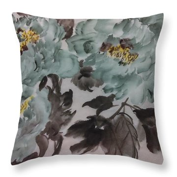 Peoney20161229_5 Throw Pillow by Dongling Sun