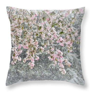 Peppermint Spring Throw Pillow