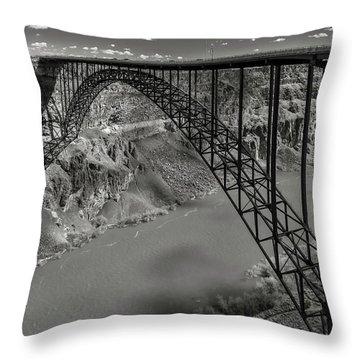 Perrine Bridge, Twin Falls, Idaho Throw Pillow