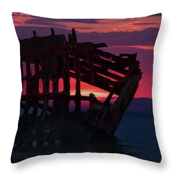 Peter Iredale Shipwreck Throw Pillow