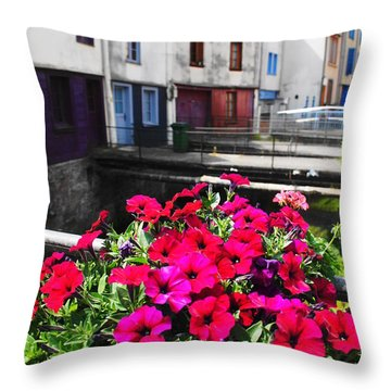 Petunias Of Amiens Throw Pillow