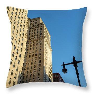 Philadelphia Urban Landscape - 0948 Throw Pillow