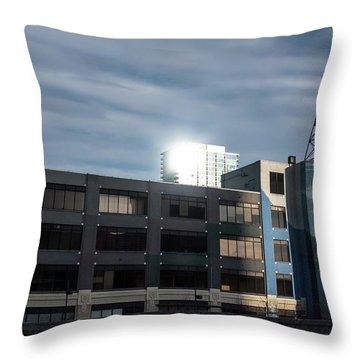 Philadelphia Urban Landscape - 1195 Throw Pillow