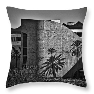 Phoenix Trotting Park Entrance Throw Pillow