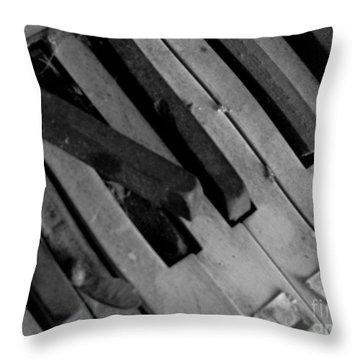 Piano2 Throw Pillow