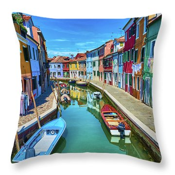 Picturesque Buildings And Boats In Burano Throw Pillow