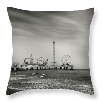 Pier 2 Throw Pillow