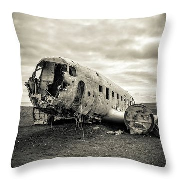 Throw Pillow featuring the photograph Plane Crash Iceland by Edward Fielding