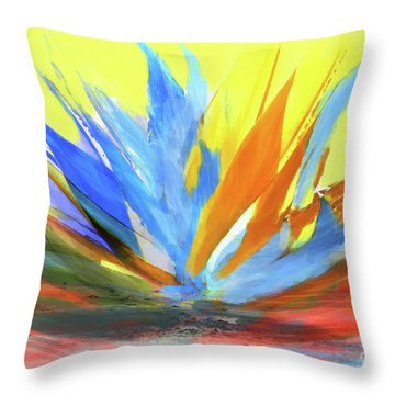 Planta De Jardin Throw Pillow