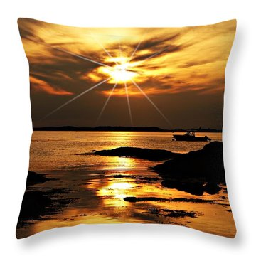 Plum Cove Beach Sunset E Throw Pillow by Joe Faherty