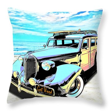 Plymouth Woody Early In The Morning By The Sea Throw Pillow