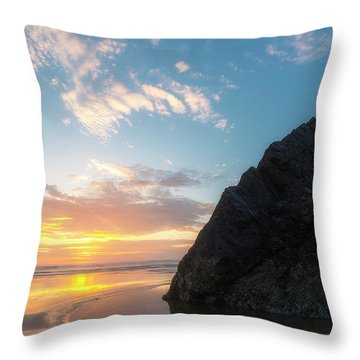 Throw Pillow featuring the photograph Point Meriwether by Ryan Manuel
