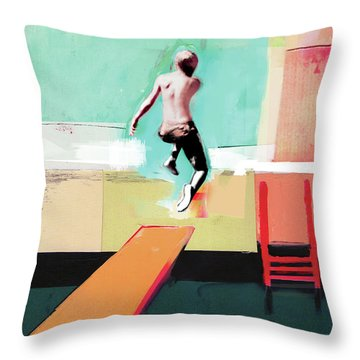 Free Dive Throw Pillows