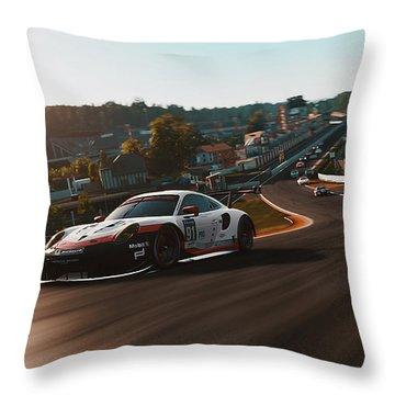 Porsche 911 Rsr, Spa-francorchamps - 33 Throw Pillow