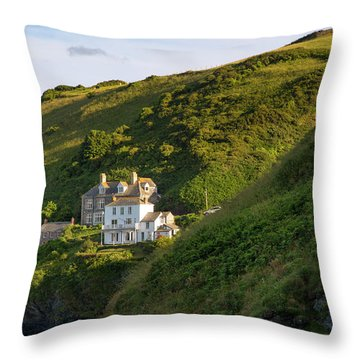 Throw Pillow featuring the photograph Port Isaac Homes by Brian Jannsen