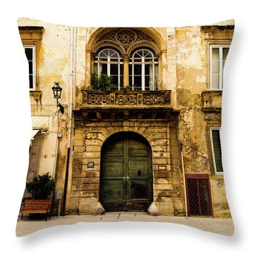Porta 28 Throw Pillow