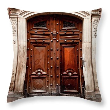 Porte 103 Throw Pillow
