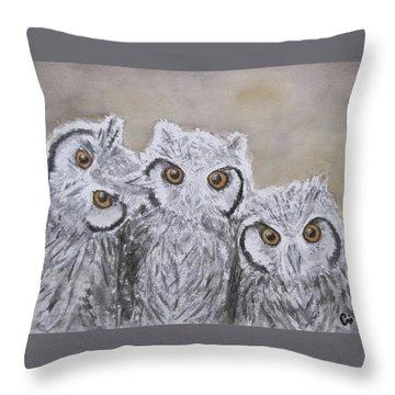Portrait De Famille Throw Pillow