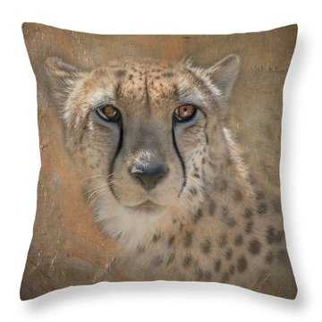 Portrait Of A Cheetah Throw Pillow