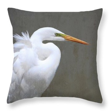 Portrait Of An Egret Throw Pillow