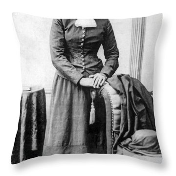 Portrait Of Harriet Tubman Throw Pillow