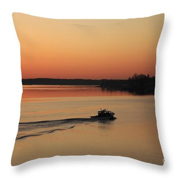 Portsmouth Harbor - Portsmouth New Hamphire Usa Throw Pillow by Erin Paul Donovan