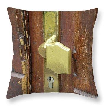Potsdam01 Throw Pillow