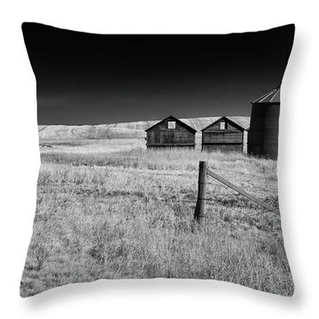 Prairie Farm Throw Pillow