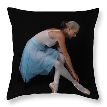 Throw Pillow featuring the photograph Preparation To Dance by Nancy Taylor