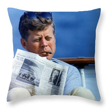 Yachts Throw Pillows